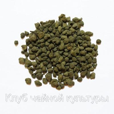 Южнофуцзяньский улун с добавлением измельченной крошки корня жень-шеня.